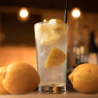 炉端焼きに合う合う◎無農薬国産レモン使用自慢のレモンサワー