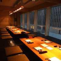 大小全12部屋の完全個室は少人数2名様~最大30名様まで対応!
