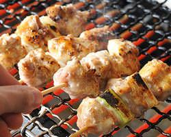 人気の串焼きは15種以上! 焼豚、焼き鳥、等…