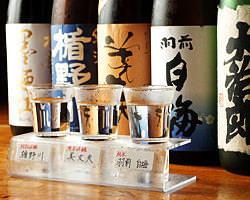 月替わりで3種類のお酒を 飲み比べできるお得なセット