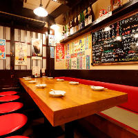 ◆お一人様から団体までご利用可能なテーブル席40名様迄対応