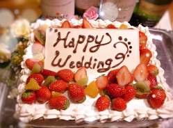 お祝い事・記念日には自家製ケーキでサプライズ♪