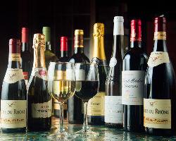 【豊富なドリンク】 ワインをはじめオリジナルカクテルなど多彩