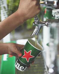 オランダのハイネケン<生>を注ぎ放題&飲み放題で楽しんで!