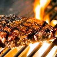 しっとりジューシーな焼上り、噛むたびに肉汁溢れます