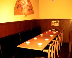 18名のテーブル席