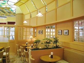 ダッキーダック カフェ 本八幡店