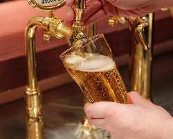 国内4社の生ビールや厳選ワイン、クラフトビールをガブ飲み!