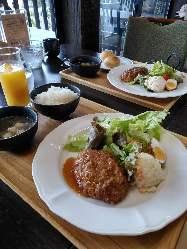 【洋食コース】 どのお料理もお箸でフランクに食べられます!