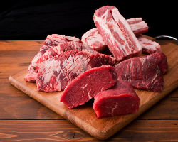 一番人気の2980円コース♪熟成肉がお好きなだけ食べ放題!