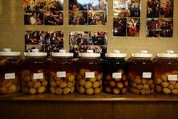 色々な種類の自家製梅酒