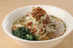 胡麻担々麺961円。濃厚な胡麻風味と辛味が後を引く美味しさです