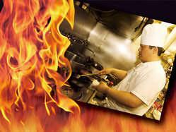 厨房スタッフは全員が中国の国家資格を持った本場のシェフです。