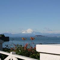 晴れた日には富士山を眺めることができる最高のロケーション