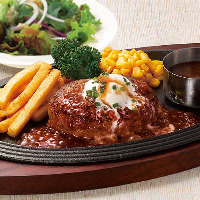 黒×黒ハンバーグ ガーリッククリームソース