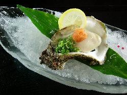楽華日は通年生牡蠣が食べれますが、旬時期到来です!!