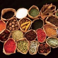 化学調味料を使わず油、野菜、点心の皮にもこだわった本格中華。
