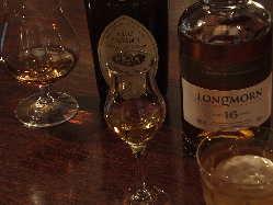 ウイスキー各種、メニュー以外にもご用意しております