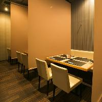 様々なシチュエーションに対応する大人の個室空間