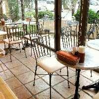 カフェスペースもございます。お気軽にお立ち寄りください☆