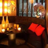 ラグジュアリーな雰囲気の円卓個室は合コンや女子会に大人気♪