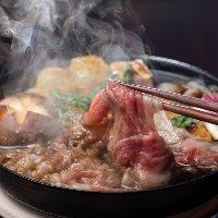 【但馬牛牛なべ】 一頭買いして多種多様なお肉料理をご提供