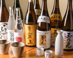 おすすめの芋焼酎や日本酒をはじめドリンク類も豊富な品揃え
