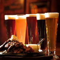 樽生クラフトビールは20種以上!!4種類の飲み比べも可能です。