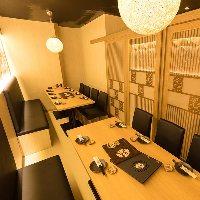 和モダンな雰囲気のテーブル個室は2名様~40名様対応