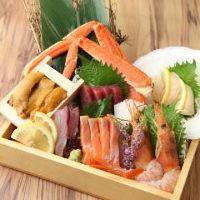 食材にもこだわっております!新鮮な海鮮と日本酒は相性抜群です