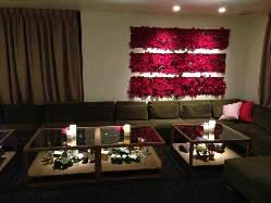 ゆったりソファ席で暖かな至福の空間。クリスマスバージョン