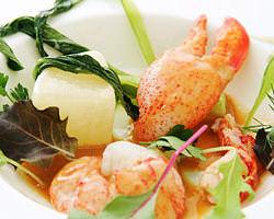 誰が食べても美味しいと思って頂ける様、理想の美味しさを追求!