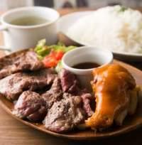 やわらかく肉の旨味のつまったお肉をどうぞ!