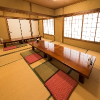 2階は座敷席になります。仕切りを作れば個室にもなります。