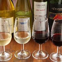 ワインは常時60種〜70種をご用意!飲み比べセットも◎