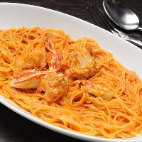 シェフ自慢のイタリアン&アジアン料理をお楽しみ下さい♪