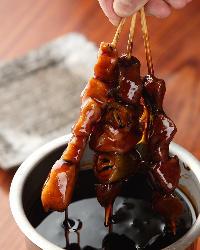 奥のみやこ鶏を使用し職人がじっくり焼いた絶品串は秘伝のタレで