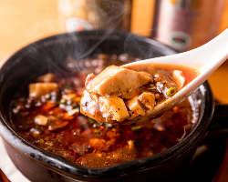 【馴染みの味】 リーズナブルで気軽に楽しめる絶品料理が多数