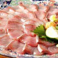名物の鯛釜飯はご注文を 受けてから丁寧に炊き上げます