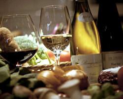 夜はムーディーにorganic野菜とBIOワインを愉しんで。
