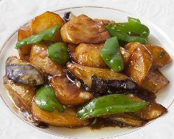 日本ではなかなか珍しい、中国東北料理が楽しめます♪
