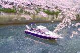 東京湾貸切クルージングでの船上パーティー!お食事もおいしい。