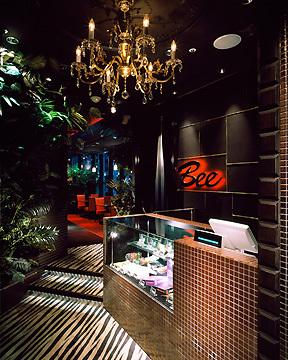ダイニングダーツバーBee 有楽町店の画像
