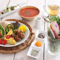 厳選素材ベジタブル料理とスイーツ 誕生日や記念日に最適