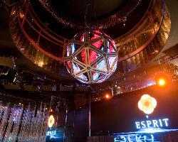 LED照明を駆使した多彩な演出でパーティーを盛り上げます