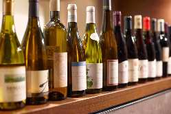 ボトルワインは肉(2,900)円! /各ドリンクも500円均一