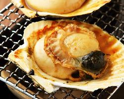鮮魚・新鮮野菜を 名物炉端でお楽しみください!