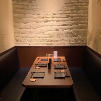 4~6名様の壁で仕切られている人気の個室席