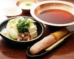 【冬の味覚!!つくね鍋】 季節限定の鍋。一度は食べたい名品!
