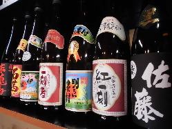 佐藤、伊佐美、三岳等焼酎の種類も豊富です!